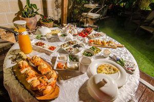 ארוחת בוקר מגוונת